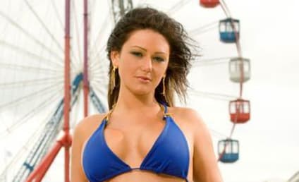 Jersey Shore's J-WOWW to Pose For Playboy?