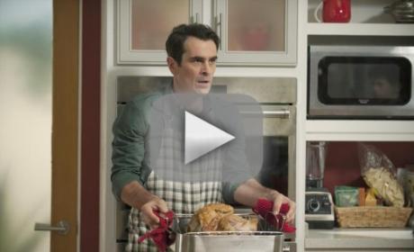 Modern Family Season 6 Episode 8 Recap: Three Turkeys, Many Laughs