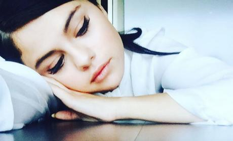 Selena Gomez: Suffering From Anxiety! Addicted to Klonopin, Ativan & Booze (Supposedly)!