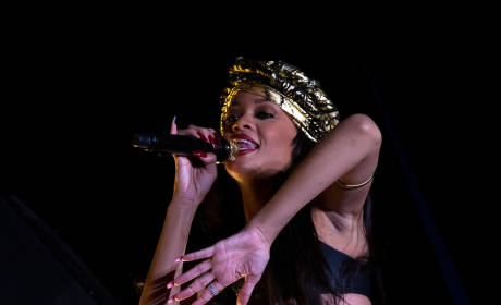 Rihanna Sues Accountants For Squandering Millions