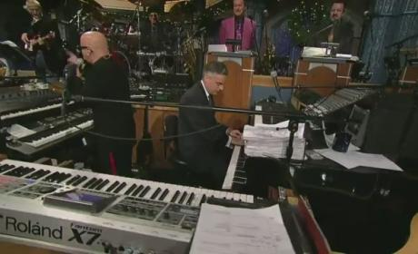 Jon Huntsman Plays Piano on Late Show