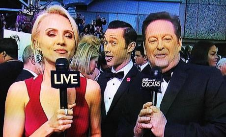 Joseph Gordon-Levitt: Oscar Photo Bomb Champion!