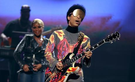 Prince: 2012 iHeartRadio Music Festival