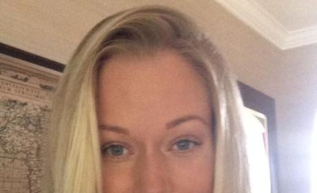 Kendra Wilkinson Confirms Pregnancy: It's Positive!