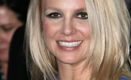 Britney Spears to Sign Book Deal, Pen First Novel