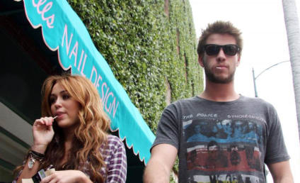 Liam Hemsworth Defends Miley Cyrus
