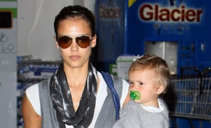Jessica Alba: The Baby Bump!