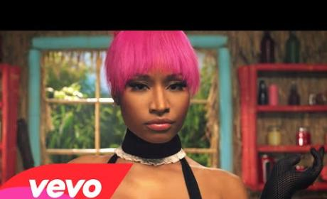 "Nicki Minaj Slithers, Seduces in Music Video for ""Anaconda"""