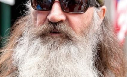 Charlie Sheen RIPS Phil Robertson: Apologize to Gay Community OR ELSE!