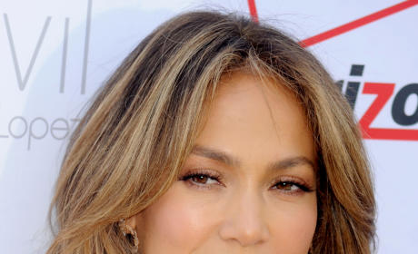 Jennifer Lopez Nipple Slip: Wardrobe Malfunction Heats Up Bologna Concert!