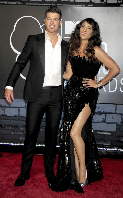 Paula Patton and Robin Thicke Photo