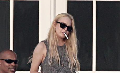 Lindsay Lohan: Free to Enjoy $10,000 Drinks!