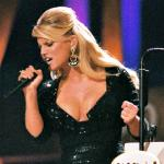 Jessica Simpson Cleavage Photo