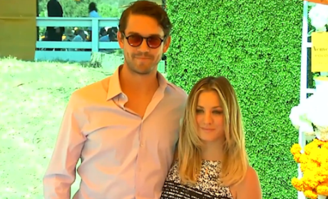 Kaley Cuoco Gets Married!