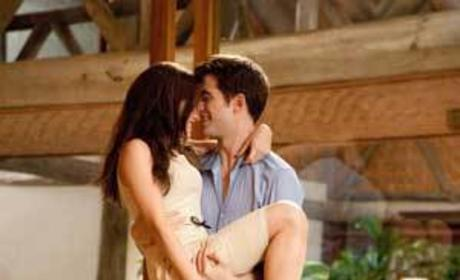 Breaking Dawn Releases New Wedding Night Stills: Swoon Alert!