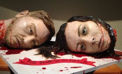 Couple Serves Severed Heads Wedding Cake in Texas