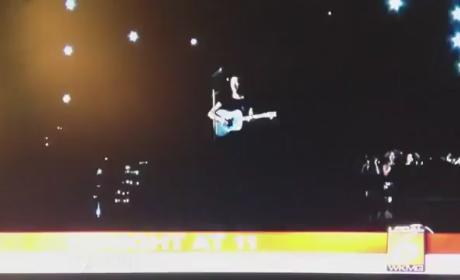 Coldplay Ft. Rihanna: 2012 Grammy Performance