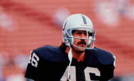 Todd Christensen Dies; Former NFL Star Was 57