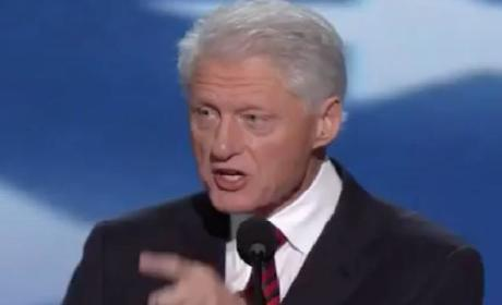 "Bill Clinton Sings ""Blurred Lines"" By Robin Thicke, Just Wants to Get Nasty!"