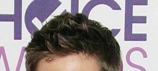 Jensen Ackles Campaigns for Batman: A Dream Role!