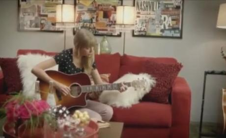 Taylor Swift Stars in MTV Video Music Awards Promo