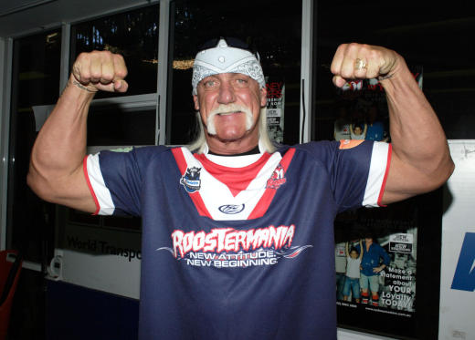 Hulk Hogan Flexing