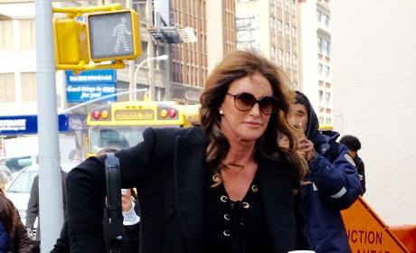 Caitlyn Jenner Grabs Starbucks in NYC