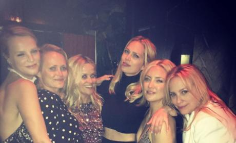 Reese Witherspoon Star-Studded 40th Birthday: Taylor Swift Performs!