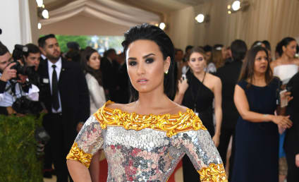 Demi Lovato Laughs Off Nicki Minaj Side-Eye, Apparent Shade
