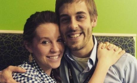 Jill & Jessa Duggar: BOTH Delaying Pregnancies Due to Health Scare?!