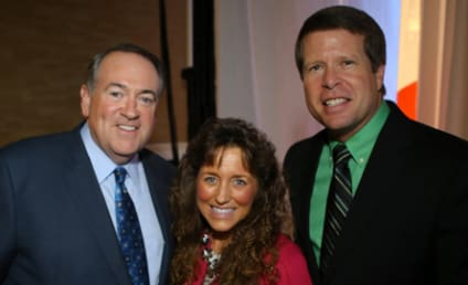 Mike Huckabee: The Media is Trying to DESTROY the Duggars!