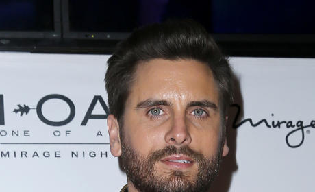 Scott Disick: STILL Trying to Win Kourtney Kardashian Back From Rehab?!