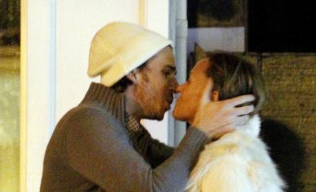 Ben Flajnik: Clearly Kissing Random Chicks After Split From Courtney Robertson
