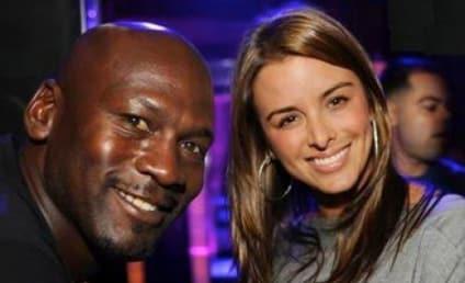 Michael Jordan, Yvette Pietro Welcome Twin Girls!