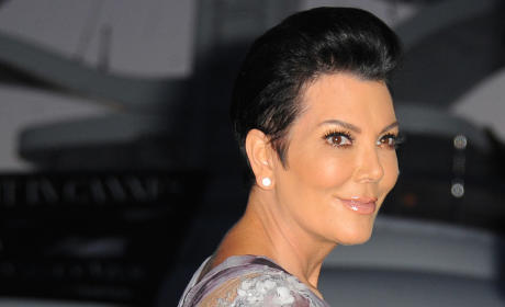 "Kris Jenner: Launching ""All-Out War"" Against Caitlyn Jenner, Source Claims"