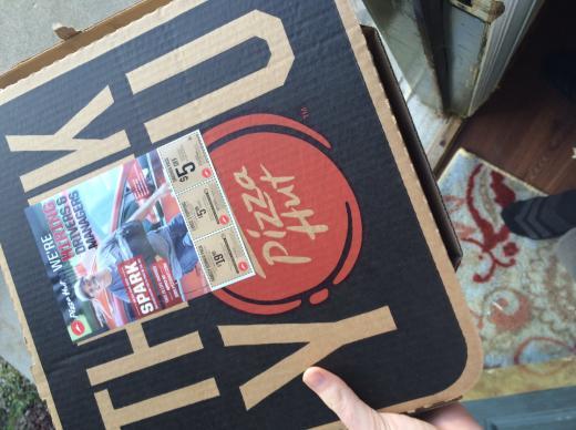 Viral Twitter breakup pizza photo