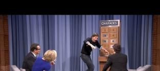 Charlize Theron Battles Josh Hartnett in Hot Game of Charades