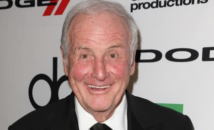 Jerry Weintraub Dies; Legendary Hollywood Producer Was 77