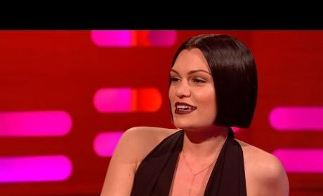 "Jessie J Performs ""Bang Bang"" With Mouth Closed: Watch, LOL Now!"