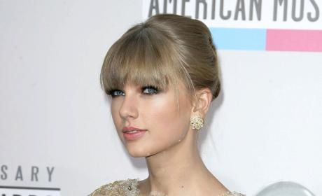 One Direction Fans Threaten to Murder Taylor Swift over Harry Styles Relationship