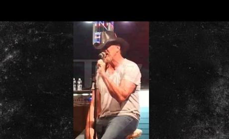 Trace Adkins: Wasted on Stage!
