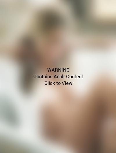 Topless Gisele Bundchen