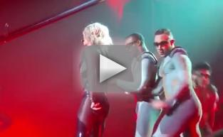 Britney Spears Wardrobe Malfunction: Oops, She Did It Again!