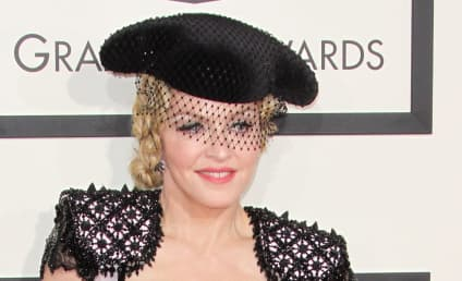 Madonna: Boozing, Popping Pills to Cope With Custody Battle?
