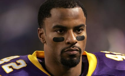 Darren Sharper, Former NFL All-Pro, Arrested for Rape