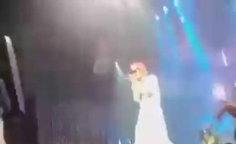 Future Baby Mamas Bombard Lil Wayne With Panties in Concert