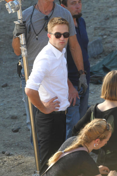 Robert Pattinson in Sunglasses