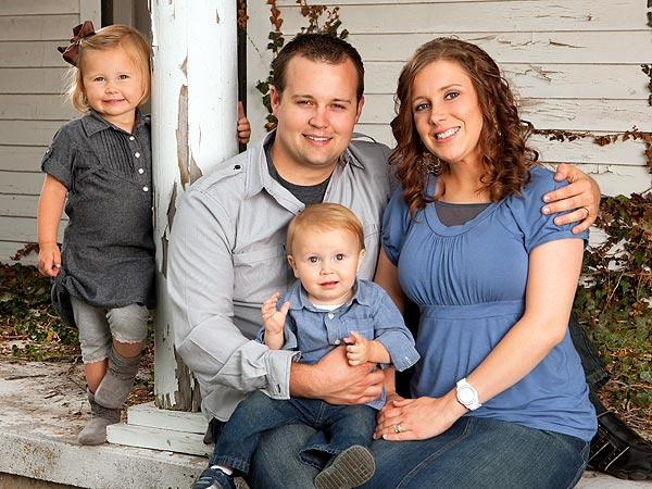 Josh and Anna Duggar and Kids