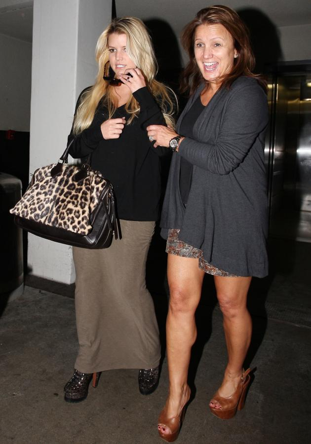 Jessica and Tina Simpson