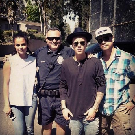Justin and Selena at the Zoo
